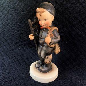 "Hummel "" CHIMNEY SWEEP "" Figurine # 12/1 TMK-3"